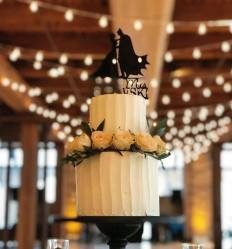 batman-wedding-cake